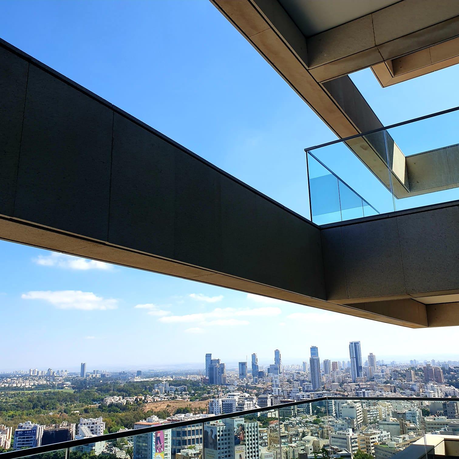 בחר מיקום בבית בסגנון קלאסי. עוצב על ידי המעצב <a href='/designers?des_id=2386'>עירית לביא</a>